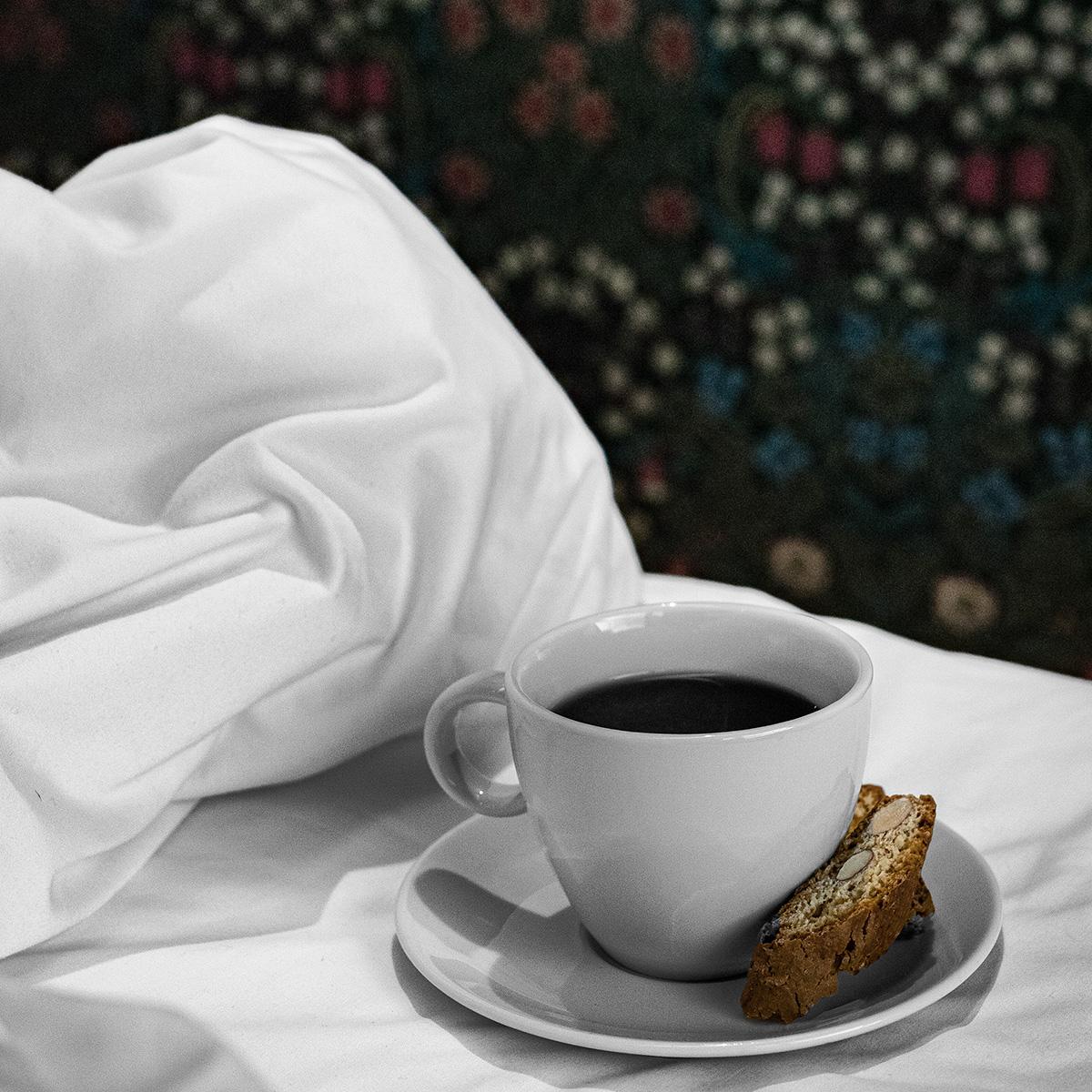Kaffekopp i senga